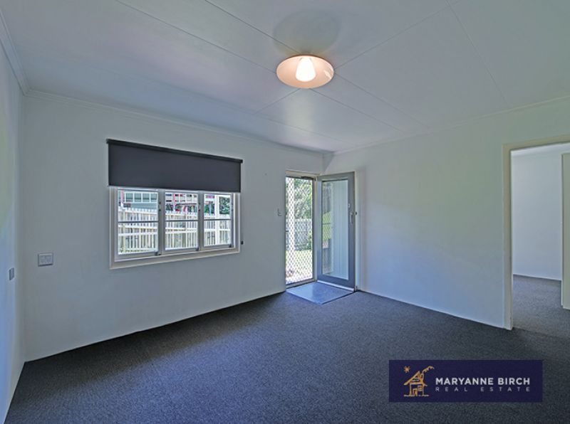 POSITION, PRIVACY, SPACE & RETRO FEEL RENOVATION- AIRCONDITIONED
