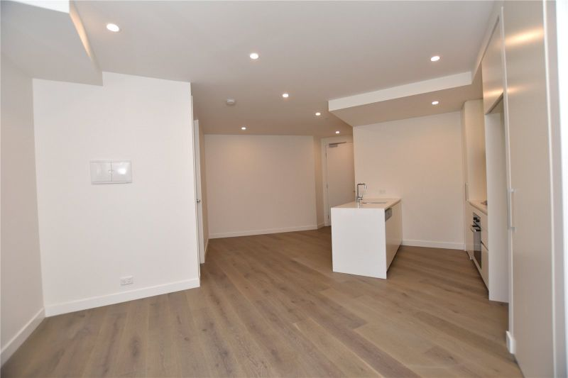 Spacious and Stunning Two Bedroom Apartment!