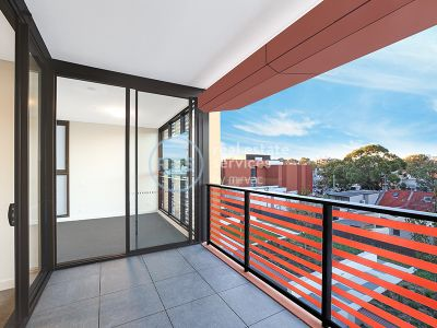 Brand New 2-Bedroom Apartment in 'No 8 Ovo' with Exclusive Rooftop Access!