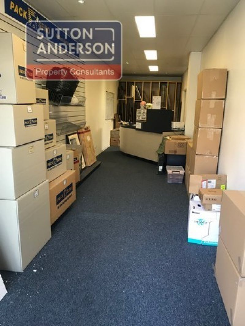 Great value office/warehouse in prime location
