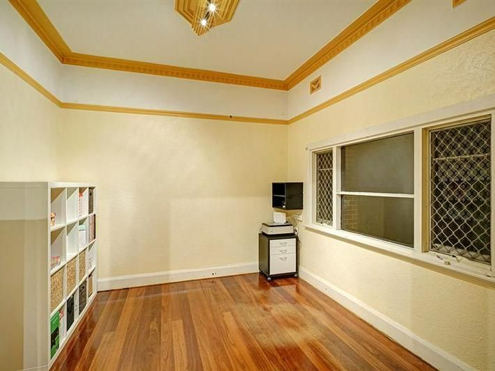 210 Ninth Avenue Inglewood 6052