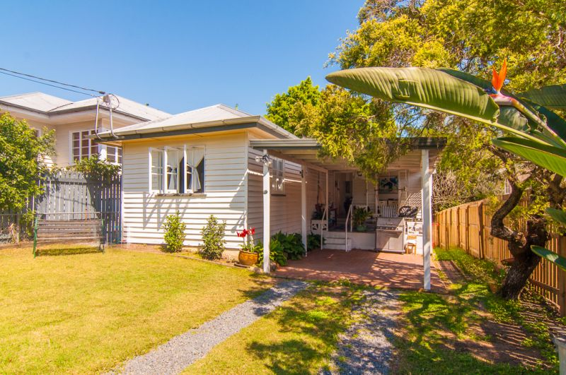 137 Fletcher Parade Bardon 4065