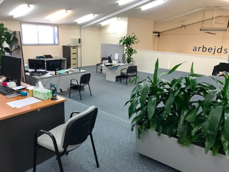 Front Industrial Shed Equipped For Professional Office Use - Moffat Beach