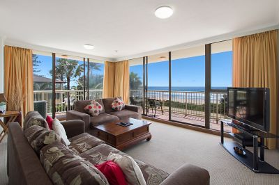 PRIME NORTH-EAST BEACHFRONT POSITION