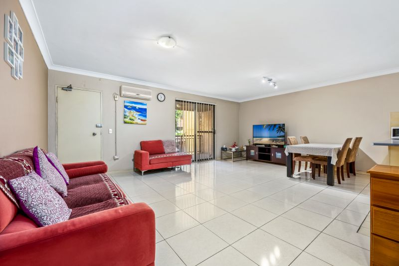 Level 1/40/5-9 Fourth Avenue, Blacktown