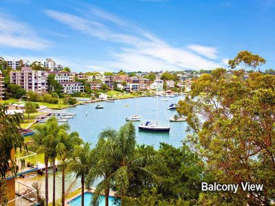 SPARKLING WATER VIEWS  ACROSS DRUMMOYNE BAY