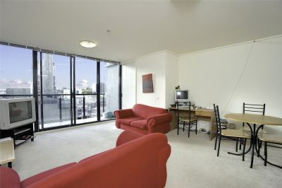 City Point: 10th Floor - In The Heart of Melbourne!