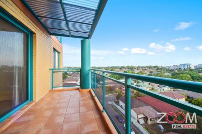 Spacious two bedrooms apartment in Burwood