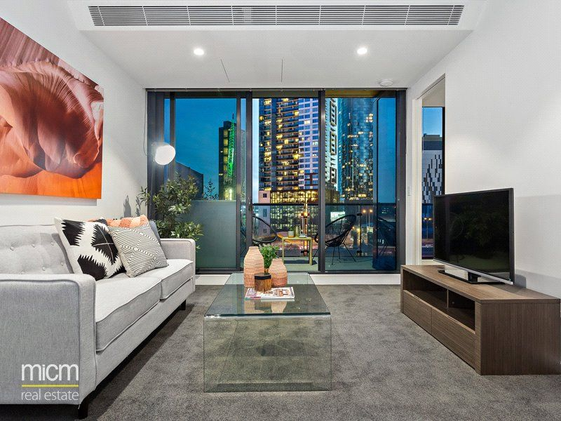 Southbank Central: 19th Floor - You Will Find Everything You Need!