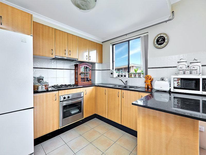 19/9 Anselm  Street, Strathfield South