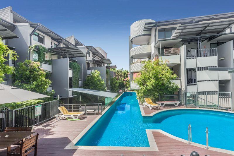 Fresh Heritage Style Apartment - Teneriffe Lifestyle>