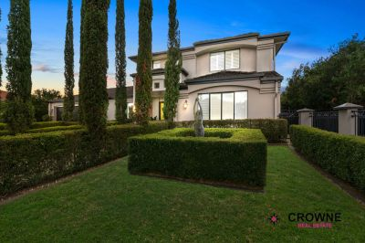 LUXURIOUS HOME ON 1072SQM IN ELITE ESTATE