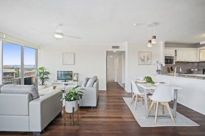 Is this the ultimate beachfront apartment you have been waiting for? Foreshore!