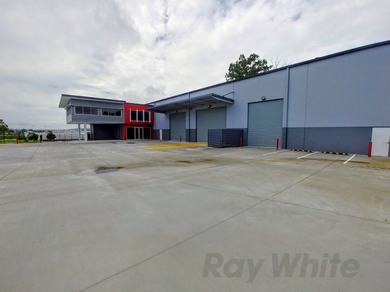 PRICE REDUCTION! 1,461m2* BRAND NEW INDUSTRIAL OFFICE / WAREHOUSE