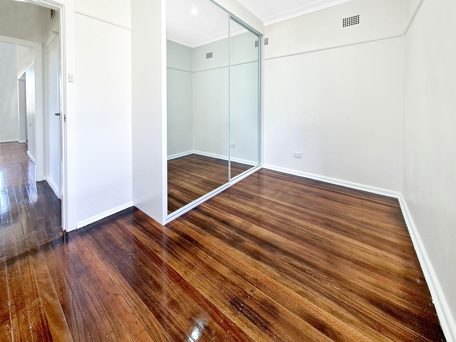 11 Shepherd Street, Lalor Park NSW 2147