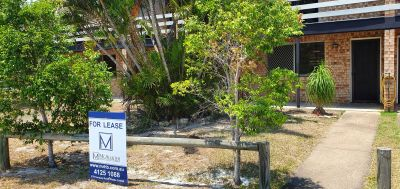 Close to beach, restaurants and shopping centre