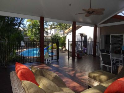 FAMILY HOME - FOUR BEDROOMS PLUS STUDY & POOL
