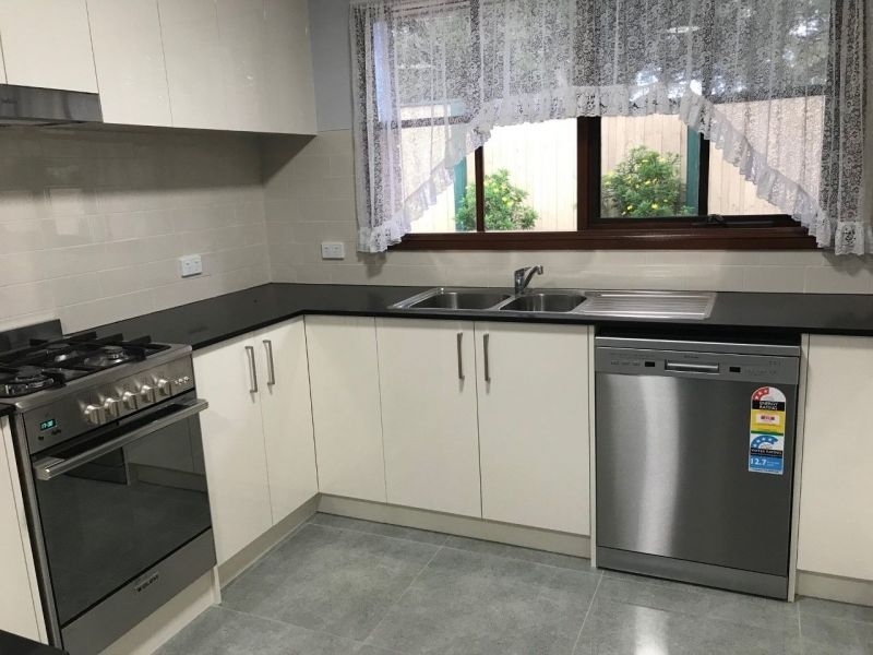 For Sale By Owner: 534A High Street Rd, Mount Waverley, VIC 3149