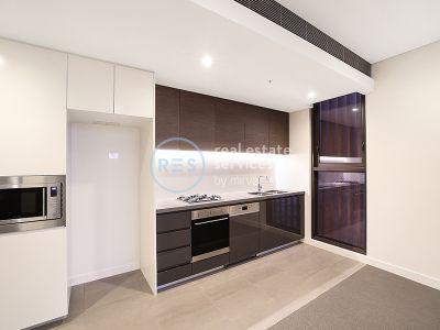 Modern 2-Bedroom Apartment in Green Square