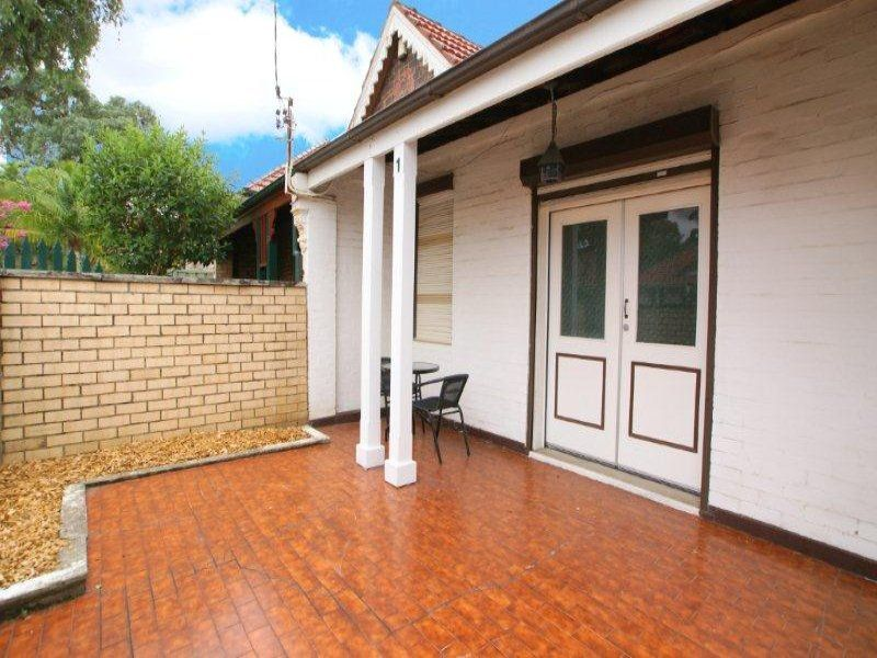 1 England Ave, Marrickville