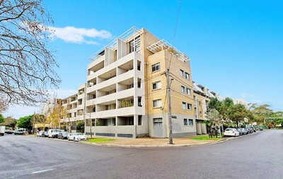 Contemporary Two Bedroom Apartment with Parking