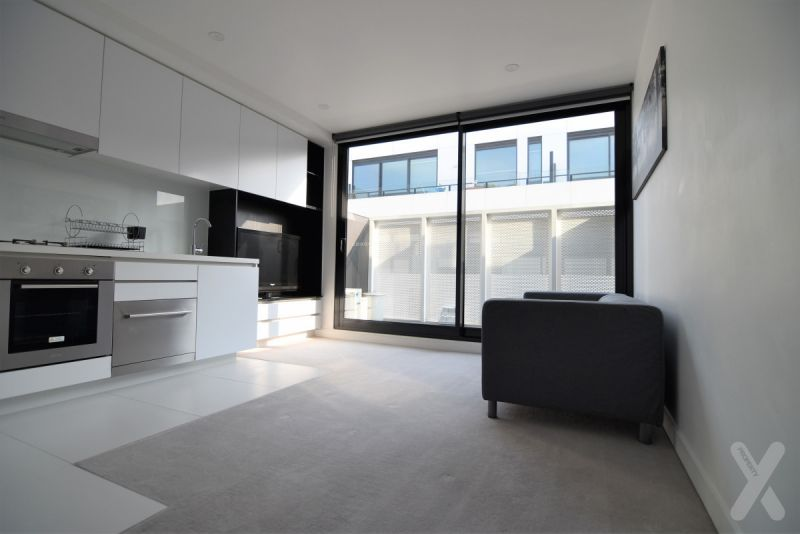 Stylish One Bedroom in West Melbourne!
