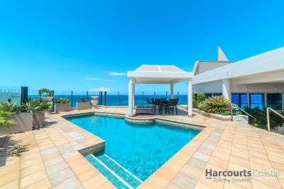 Iconic Beachfront Penthouse - 1079m2 - Must Be Sold