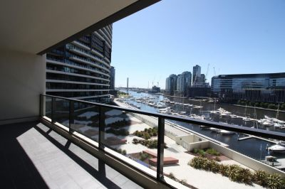Delightful Waterfront One Bedroom Apartment