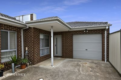 Immaculately Presented Unit In A Great Locale