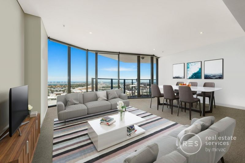 Tower 5 Living with Spectacular Views