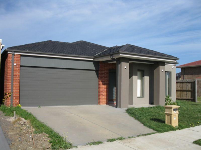 Spectacular Home In Prestigious Estate!