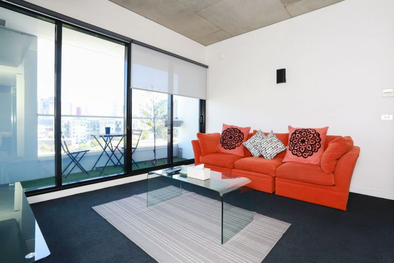 One Bedroom Fully Furnished in Prime Southbank Location!