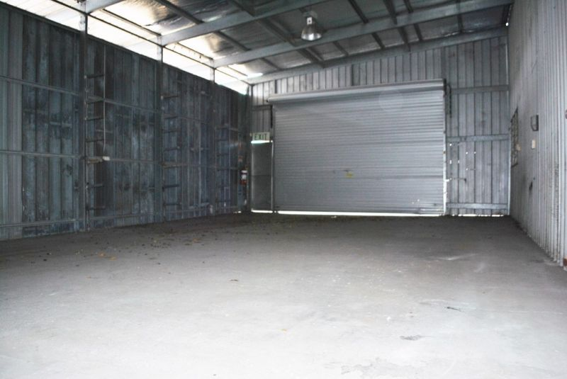 525m2 Free Standing Warehouse with Ample Hardstand
