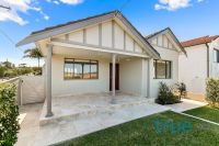 = HOLDING DEPOSIT RECEIVED = LUXURIOUS HOME IN LIFESTYLE LOCATION