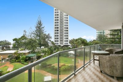 NEW CARPERTS & AIRCONDITIONER - Fully furnished beachfront apartment