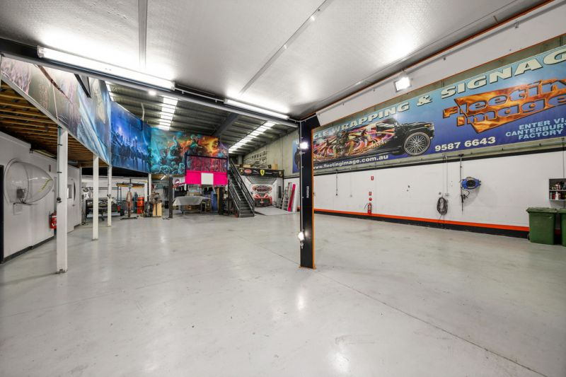 OFFICE / WAREHOUSE - OCCUPY OR INVEST | $840,000 - $890,000