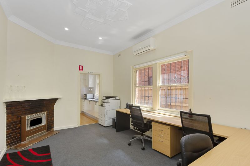 For Sale By Owner: 13 Station Street, Oakleigh, VIC 3166