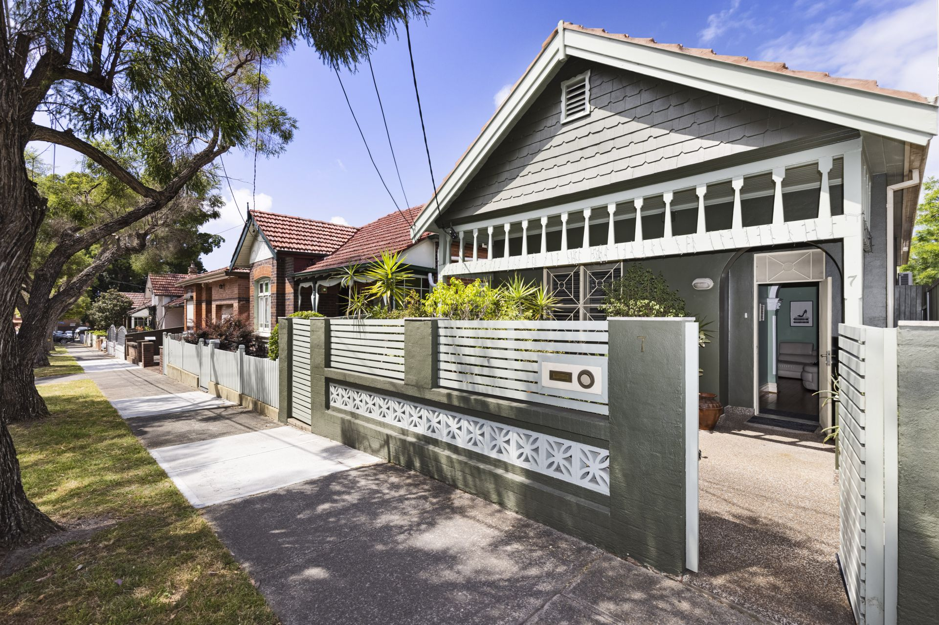 7 Yabsley Avenue, Marrickville