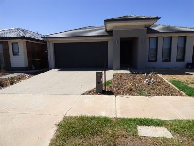 Beautiful Four Bedroom Home Perfect for Family!