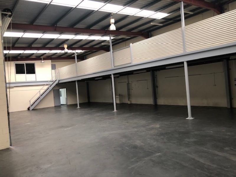 525sqm Industrial/Manufacturing Unit with Main Road Signage