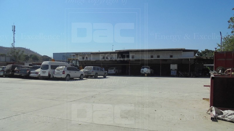 CGR 599: Industrial Block with warehouse for Sale