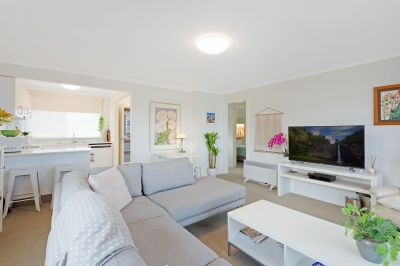 Immaculate Unit In The Heart Of Town