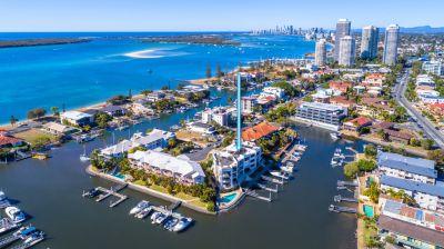 Spacious 361m2* Penthouse, Bridge Free Sailing, Exclusive Marina Berth