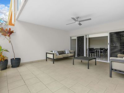 Courtyard Apartment- Great Value!