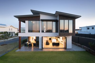 Incredible Home - Incredible Finishes - Incredible Views