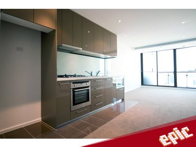 Epic: Stunning One Bedroom Apartment!