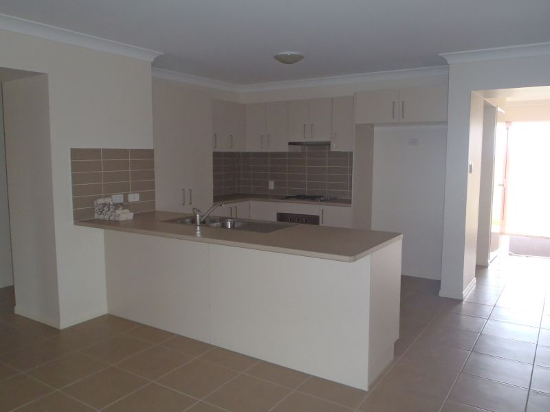 35 O'Neill Place, Marian, QLD