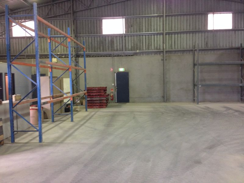 STAND ALONE FACILITY WITH THE LOT