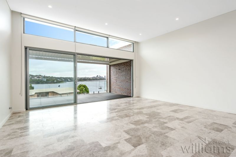 A MAJESTIC FLOW OF LIGHT SPACE AND LUXURY