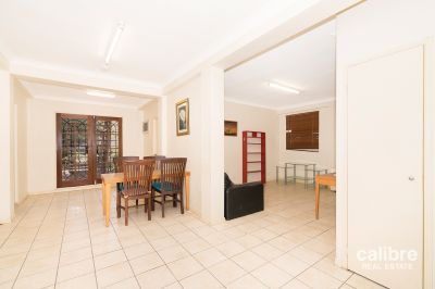 Four Bedroom Unit in the Heart of East Brisbane!